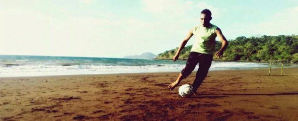 Foot musical plage mayotte 976
