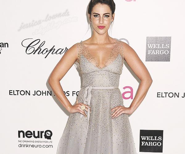 _ 26/02/2012 : Jessica était présente aux 20e édition Elton John AIDS Foundation Oscars Affichage Parti._