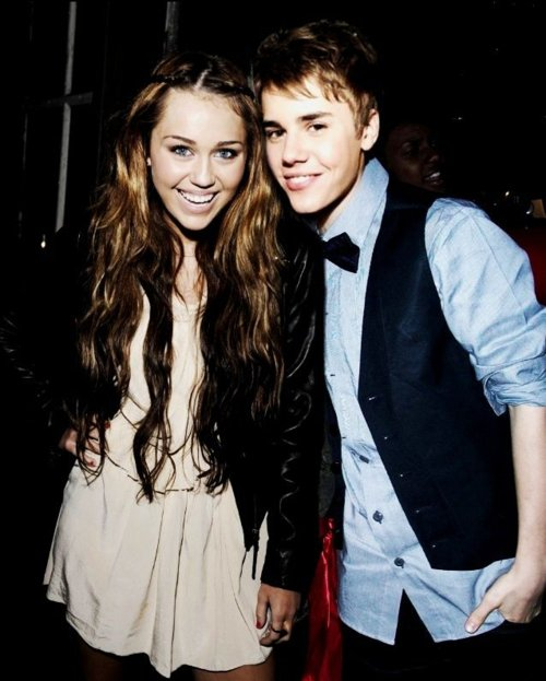 Blog de Miley-justin-kiss