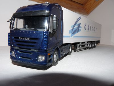 Iveco Stralis 560   GRISOT