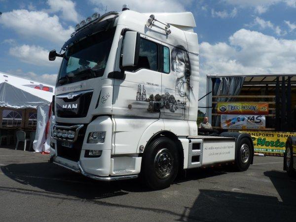Rouvignies Une troisième édition avec de beaux camions sous le soleil