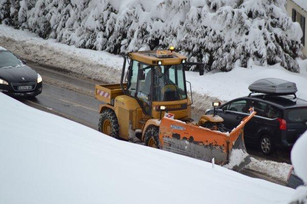 Du déneigement à la montagne aux sports d'hiver