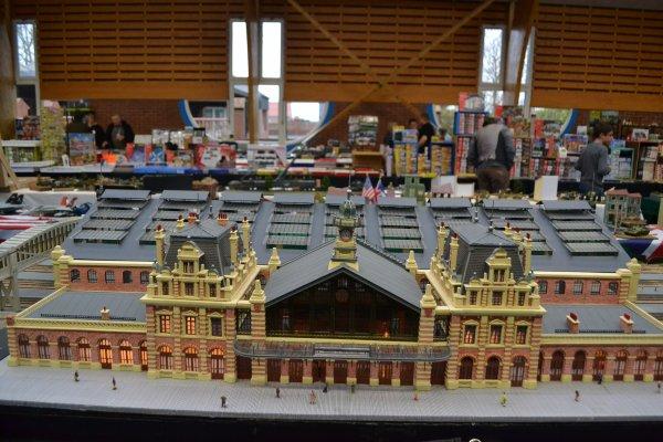 Expo  multi modélisme à  Monchecourt la suite