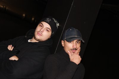 Besoin D'aides feat KNM (2011)