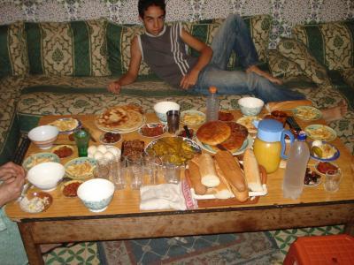 La Table De Ramadan şťỹłęłĭғę