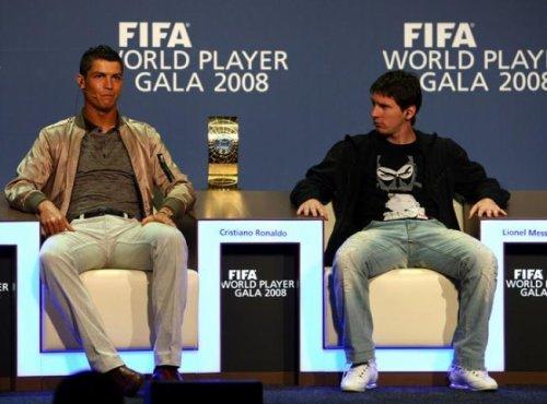 Qui à le meilleur style ? Plutôt Cr7 ou Messi ? A vous de juger.