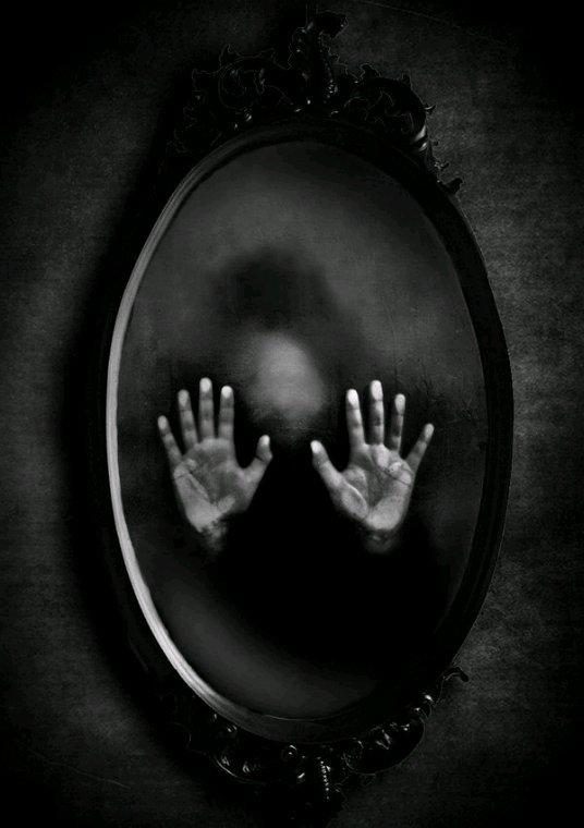 Dans les ténèbres