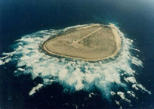 Tromelin:l'île aux robinsons noirs