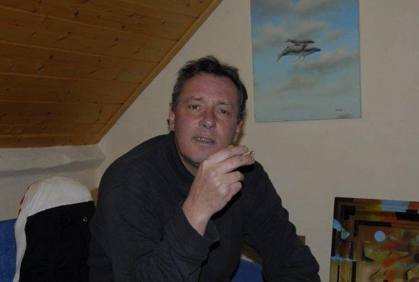 connaissez vous Xavier Lhoste?   un peintre dans les nuages......