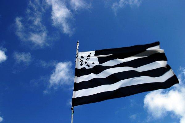 origines du drapeau breton