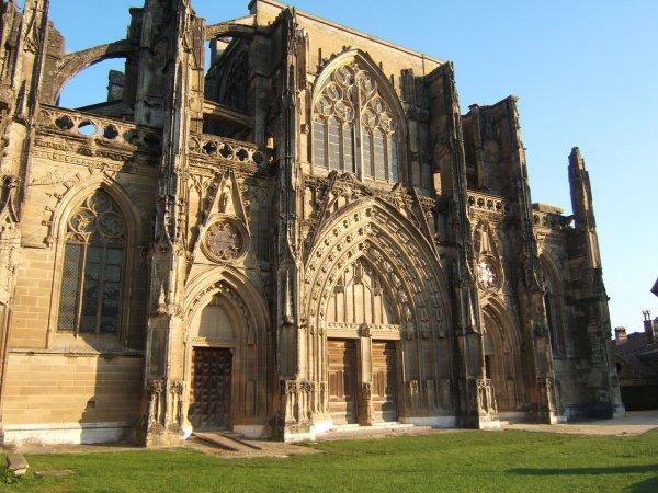l'abbaye de St Antoine-l'Abbaye