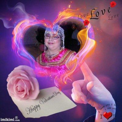 Que cette belle journée soit porteuse d'amour; et que la joie et le bonheur fleurissent et s'installent à jamais dans votre ♥ En toute amitié, je te souhaite bonne journée