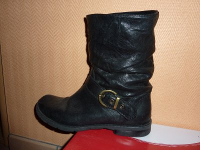 Bottines cuires noires Minelli, pointure 39