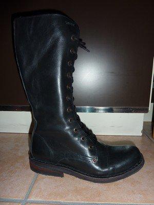 Bottes motardes cuir noires Levi's, pointure 39
