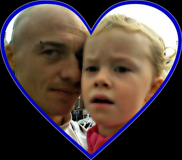Ma fille Je t'aime comme un fou et de belles pensées pour toi ma fille