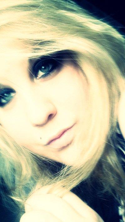 On dit qu'il faut souffrir pour être belle avec tout se que j'ai vécu, j'aurais du être top-model