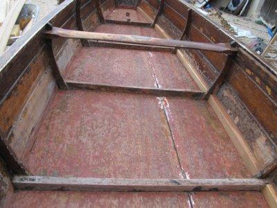 restauration canoe 1930 caravane ancienne de collection henon notin. Black Bedroom Furniture Sets. Home Design Ideas
