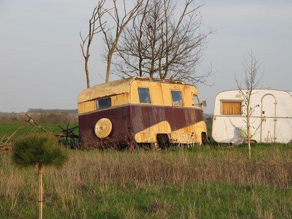 Camping-car sur base UNIC avant guerre