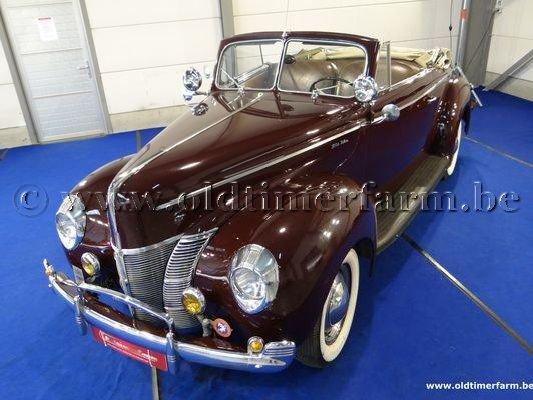 Vu cet été en Belgique. Ford cab 1940