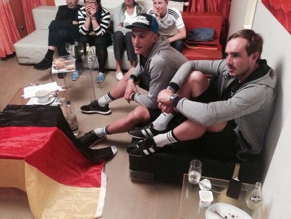Marcel Kittel et John Degenkolb devant la finale de la coupe du monde :)
