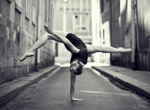 """""""Lorsque je danse, je ne cherche à dépasser personne d'autre que moi."""""""