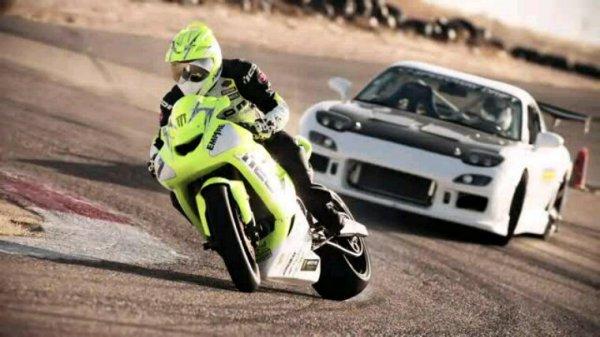 Les voitures et les motos