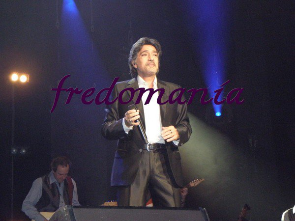 2005 : Aimer avant d'être aimé - Frédéric François   FREDOMANIA