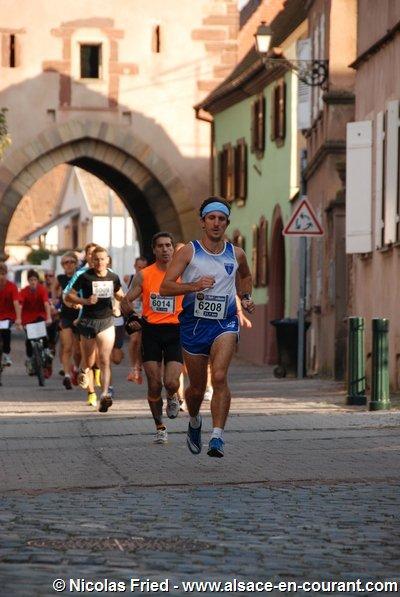 Dimanche 25 Septembre 2011 :   Semi-Marathon de Rosheim  (21,100 Km courus en 1 Heure 22 Minutes 22 Secondes)