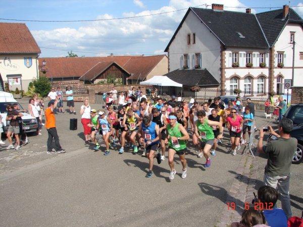Samedi 23 Juin 2012 :  Corrida de Wangen (7Km courus en 26 Minutes 27 Secondes)