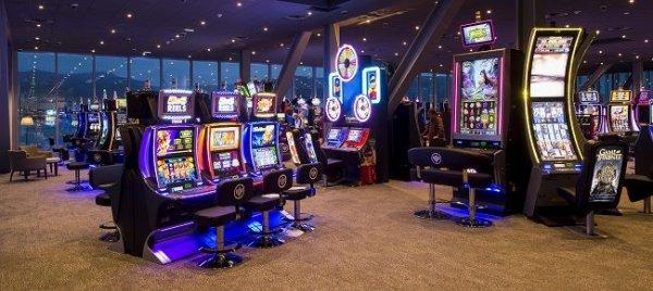 la sale des machine  du casino joa la seyne sur mer