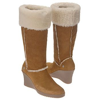 Enjoy a Cozy and Fashionable Journey With UGG Boots