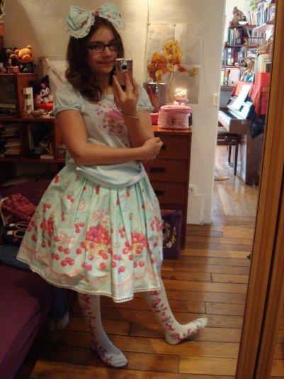 3 • Cherry Cherry Fallin' Cherry Mint Skirt !