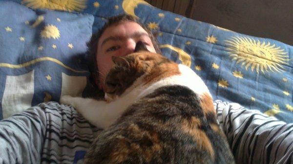 Damien ( moi et mon chat )
