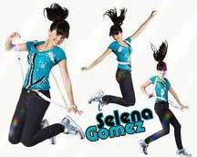 Selena Gomez Pour SEARS !