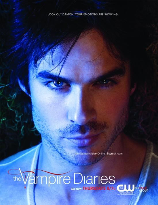 """.  Nouveau Poster Damon .  Et voilà, Ian est toujours aussi magnifique sur ce poster. """"Prend Garde Damon. Tu dévoiles tes sentiments."""" . Qu'en pensez-vous ? ."""