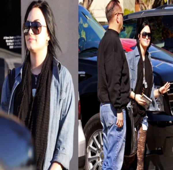 Demi est son garde du corps à Santa Monica