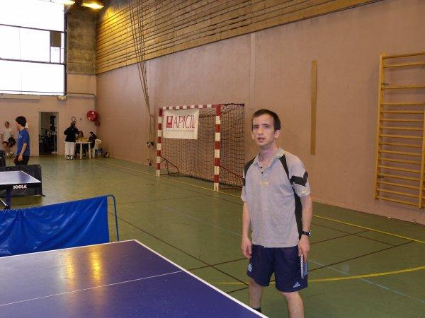 moi lors du premier tour de régional de tennis de table