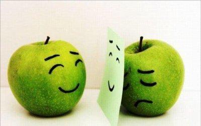 n'oublie pas de sourire : souris pour escroquer ton désespoir, souris pour continuer de vivre
