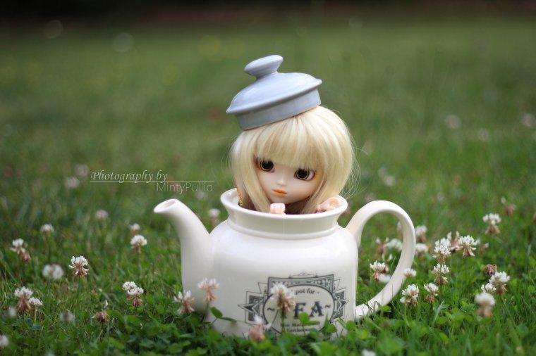 Vous êtes en retard pour le thé!