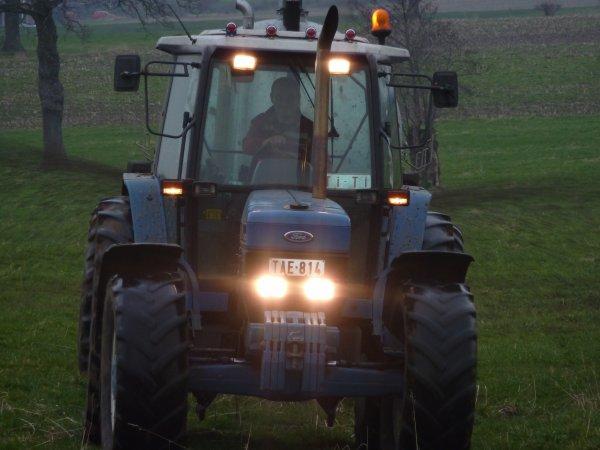 Ford 8340 au lisier aik tonneau AGRIMAT 10500L