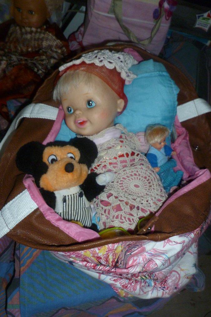 poupée Léa