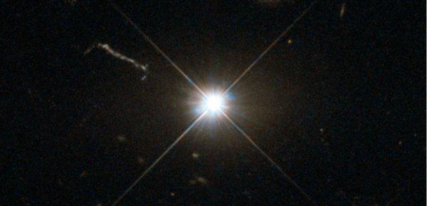 Trou noir : quasar 3C273