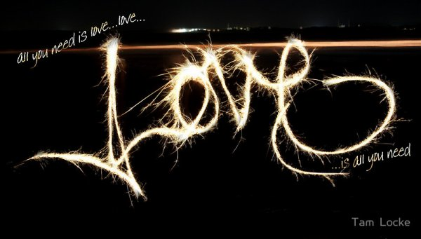 LOVE !...