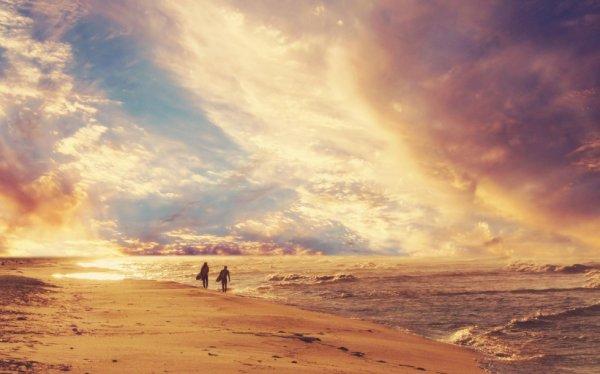 """""""A toutes les âmes perdues qui ont oublier de croire en l'imensité de l'amour ..."""" Les Frères Scott"""