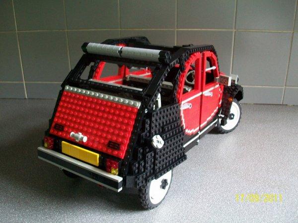 2 CV LEGO pour Noel ...