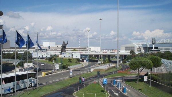 AEROPORTO LEONARDO DA VINCI (FCO)