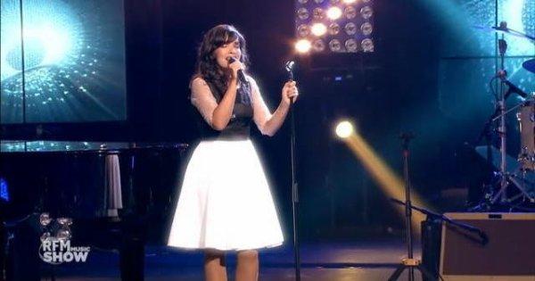 Indila | Deux titres interprétés pour le RFM Music Show