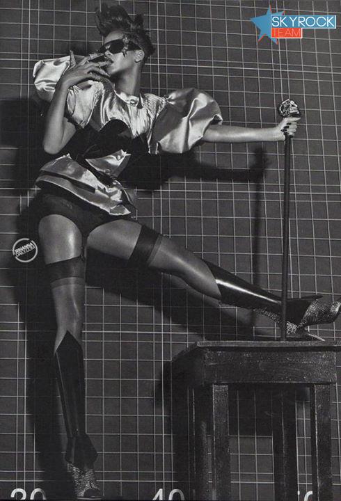 Rihanna | A l'honneur dans Vogue Italia