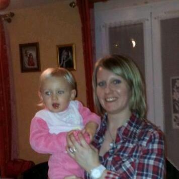 Moi et ma nièce Eléa que j'aime.............