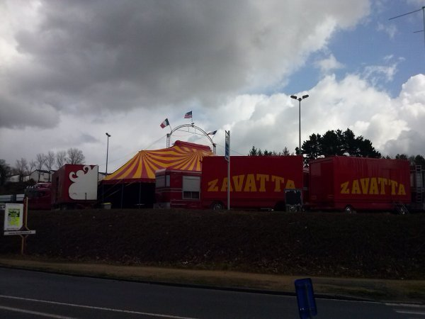 Cirque Eric ZAVATTA à Landivisiau - 2013